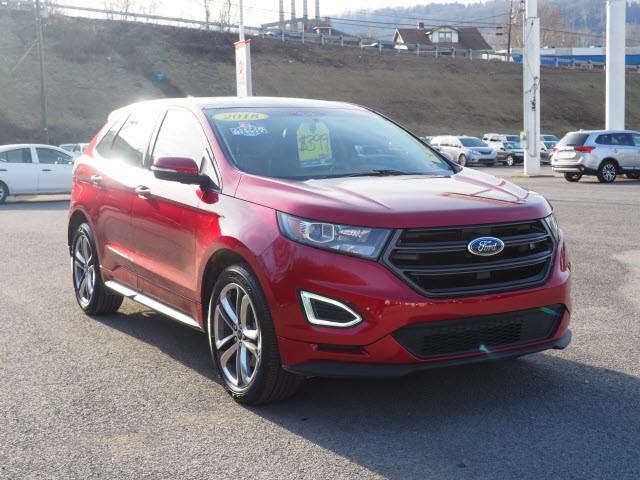 Pre-Owned 2018 Ford Edge Sport