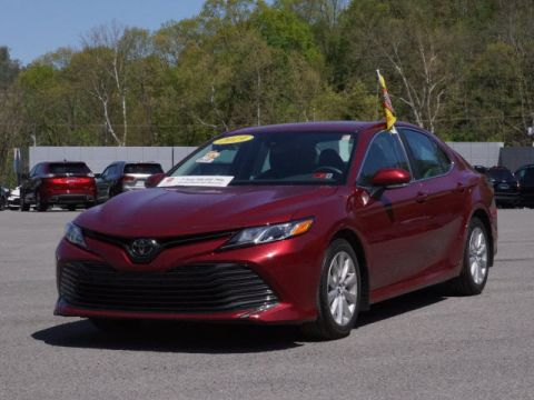 Pre-Owned 2019 Toyota Camry LE